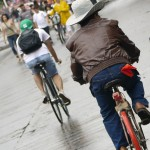 Cyclists of all ages come out to take over the streets of Guadalajara every Sunday.  Long Live Via RecreActiva!